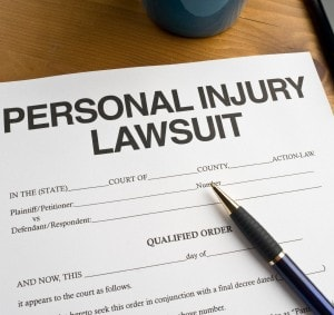 4 benefits of filing personal injury claims with the help of a lawyer